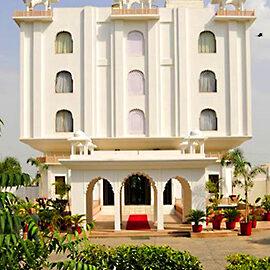 تور هند هتل utkarsh vilas