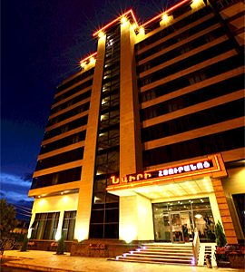 تور ارمنستان هتل نایری