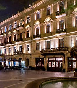 تور باکو هتل سفیر سیتی