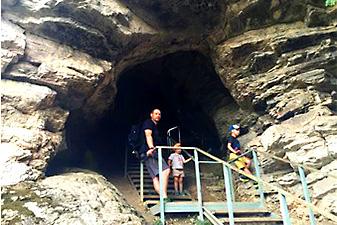 akhshtyrskaya cave sochi