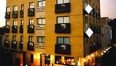 تور اصفهان هتل شیخ بهایی