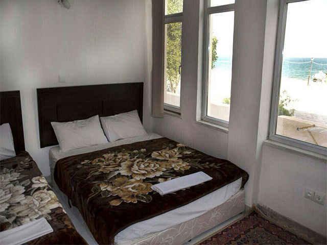 اقامت در هتل ایران زمین قشم
