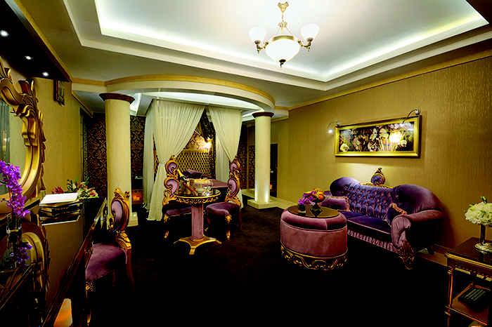 اقامت در هتل قصر الماس