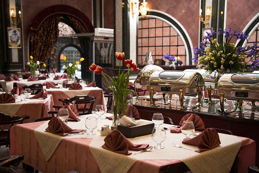رستوران هتل قصر الماس