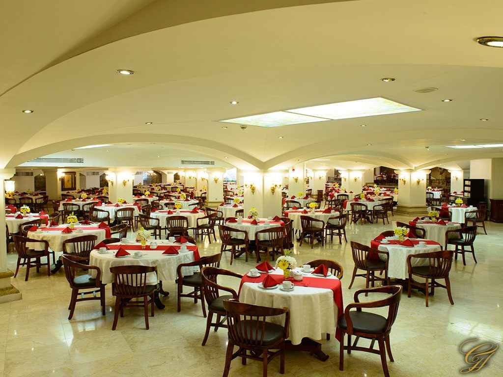 رزرواسیون هتل قصر طلایی