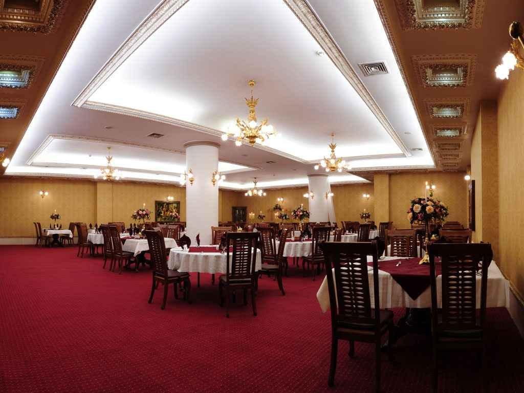 رزرو هتل قصر طلایی