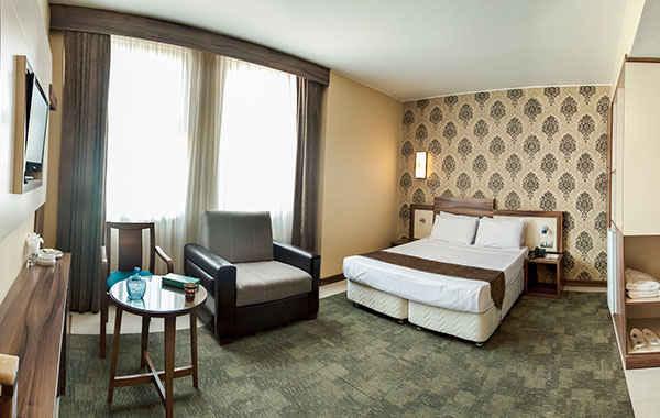 تور مشهد هتل هاترا