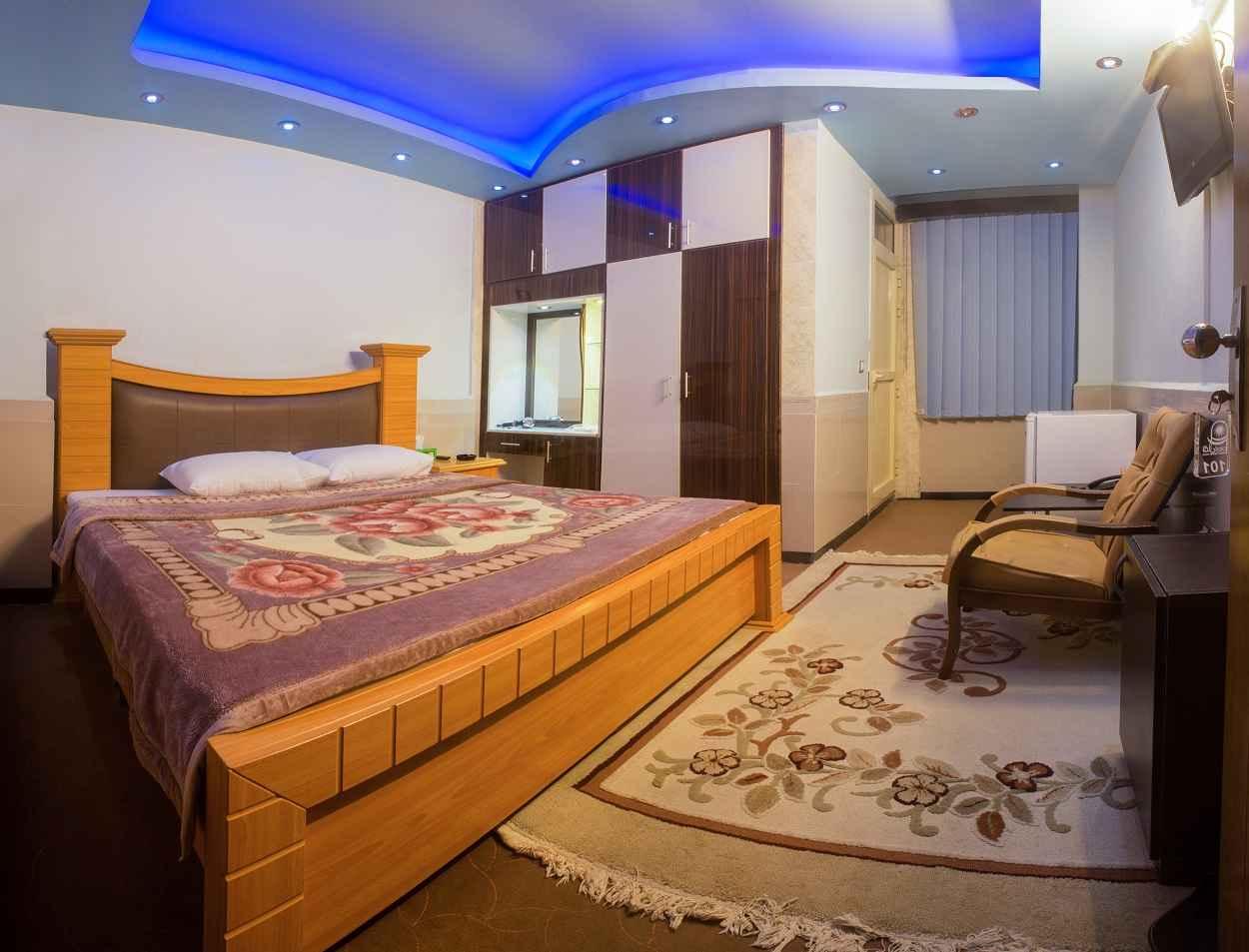 اقامت در هتل آرمان قشم
