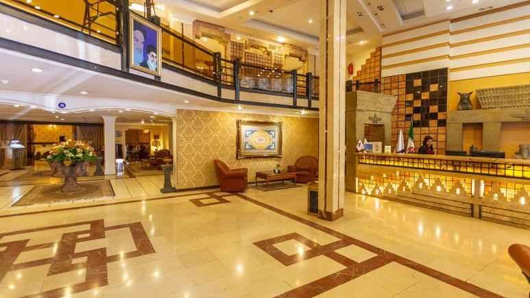 رزرواسیون هتل آریو برزن شیراز