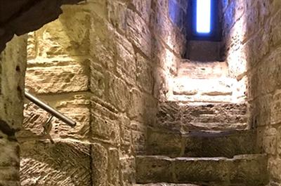 برج قلعه دختر باکو