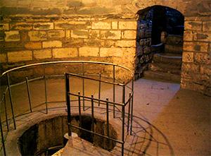 چاه آب برج دختر باکو