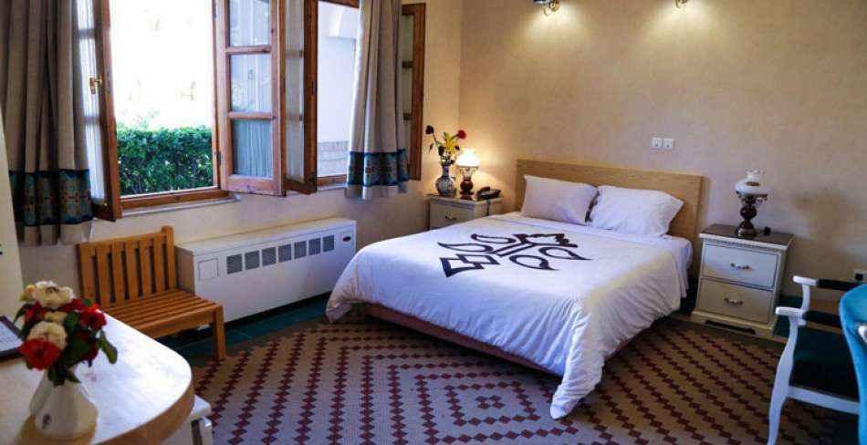 اقامت در هتل داد یزد
