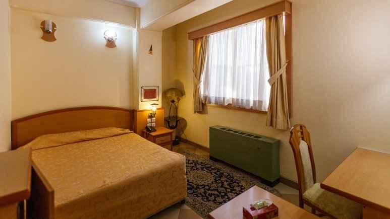 اقامت در هتل ارم شیراز