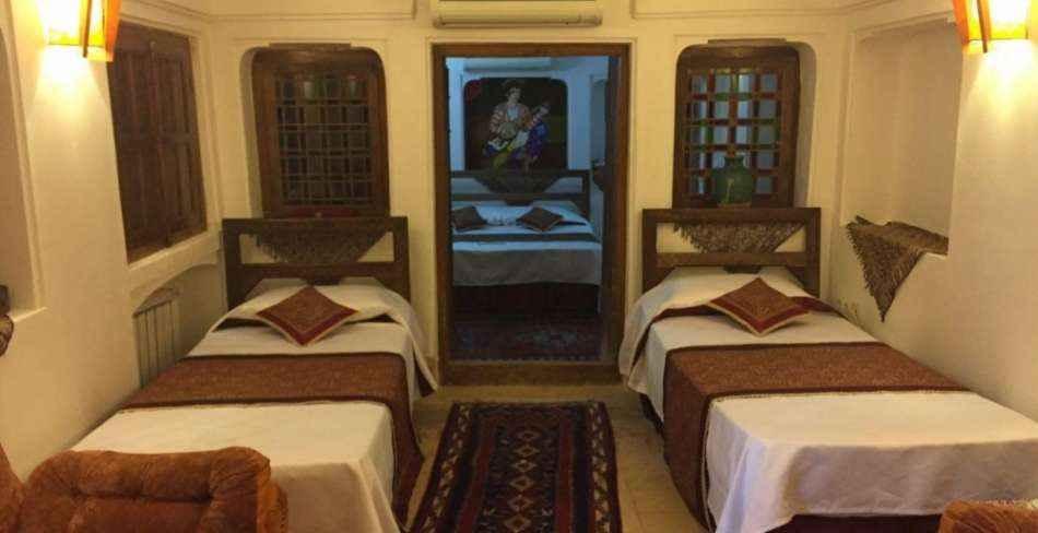 اقامت در هتل موزه فهادان یزد