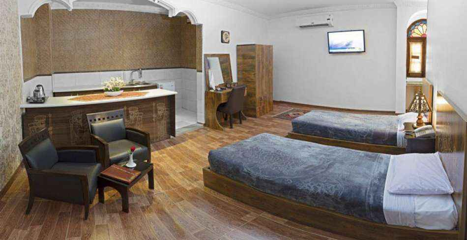 اقامت هتل سنتی فاضلی یزد