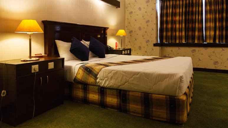 تور زمینی شیراز هتل پارس