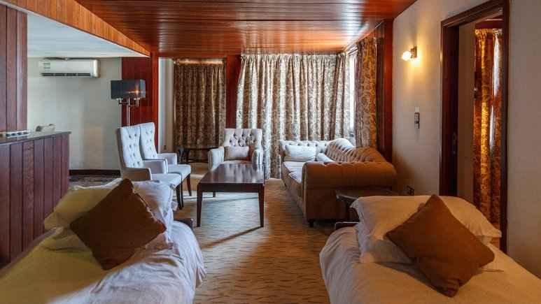 اقامت در هتل مریم کیش