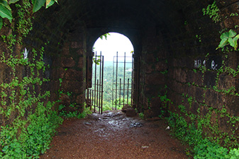 قلعه چاپورا
