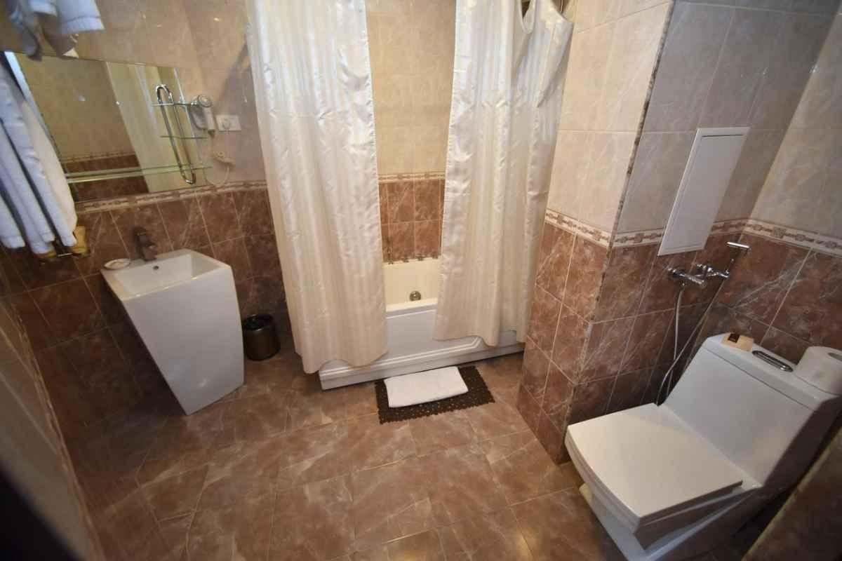 تور زمینی ارمنستان هتل امپریال