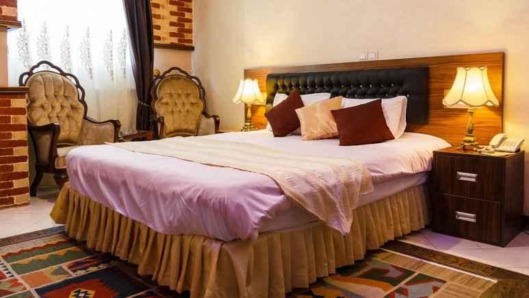 اقامت در هتل کریم خان شیراز