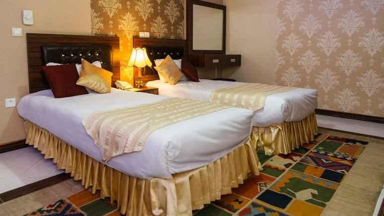 تور زمینی شیراز هتل کریم خان شیراز