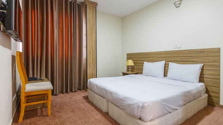 اقامت در هتل نصیرالملک شیراز