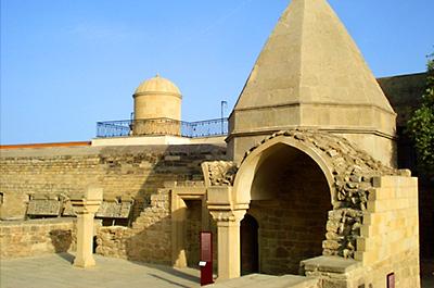 آرامگاه سید یحیی باکویی
