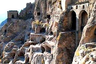 غار واردزیا گرجستان