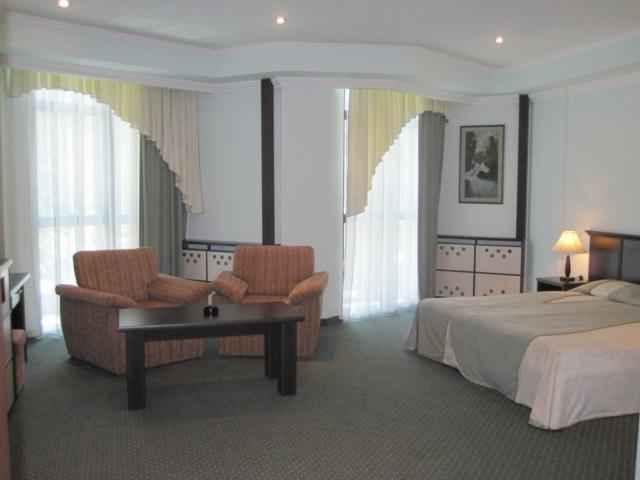 تور ارزان ارمنستان هتل ددد