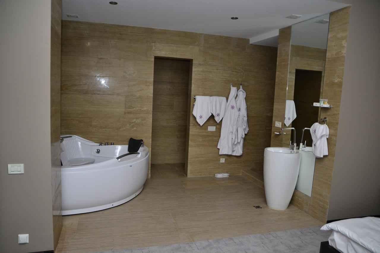 هتل با کیفیت هتل تورا پالاس در ارمنستان