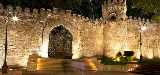 شهر قدیمی باکو تجاری سیاسی
