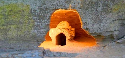 غارهای تیس تور چابهار