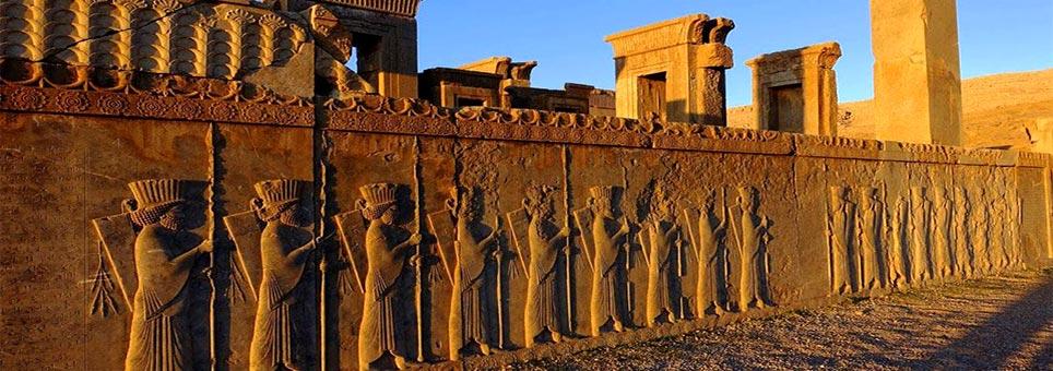 تور تخت جمشید از شیراز | گشت تور شیراز | فارا گشت کوروش کبیر