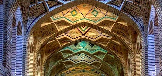 معماری خاص بازار بزرگ کرمان