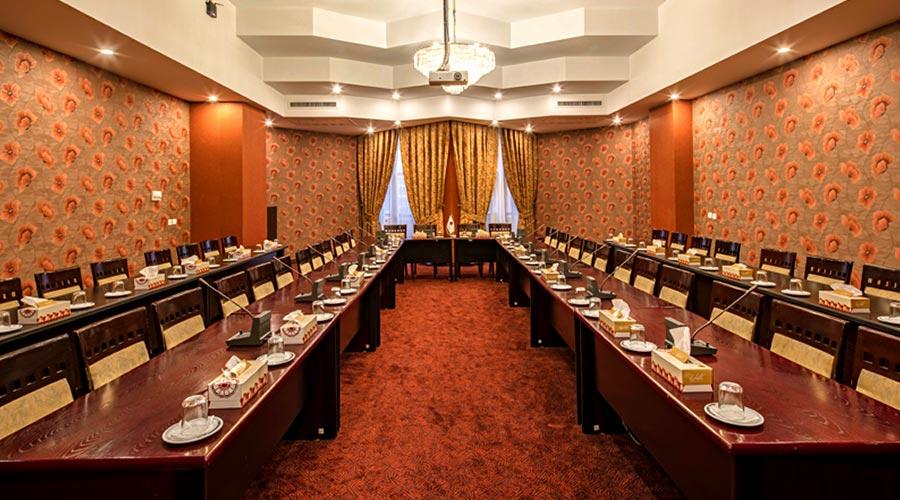 سالن کنفرانس هتل پارس کرمان