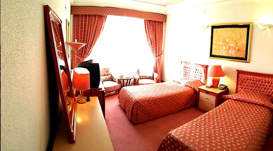 اتاق 1 هتل اخوان کرمان