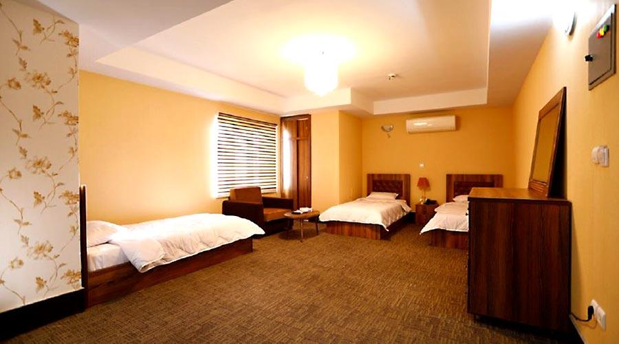 اتاق 1 هتل آذین چابهار
