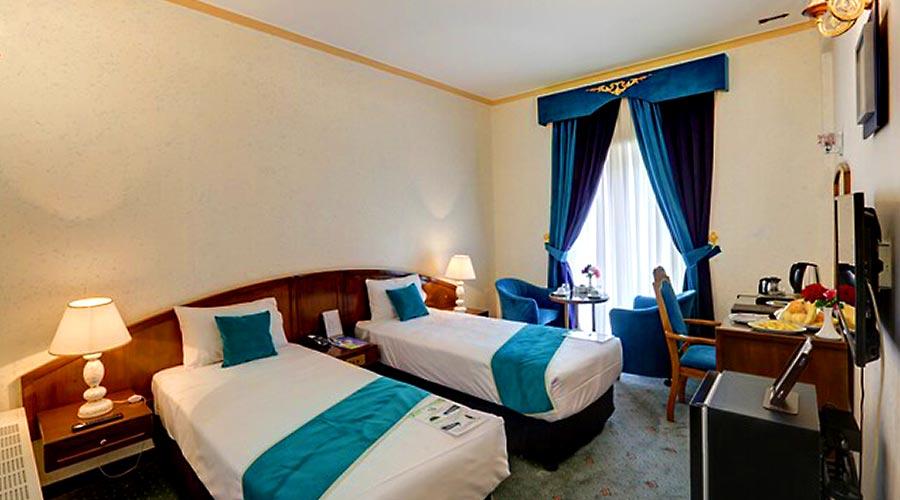 اتاق 2 هتل جهانگردی کرمان