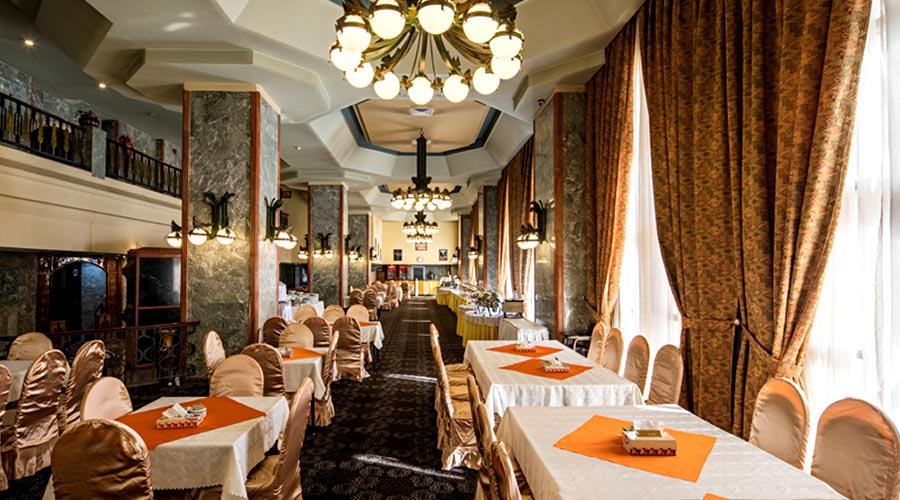 رستوران هتل پارس کرمان