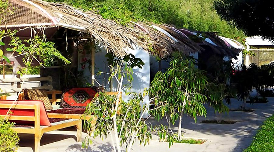 کافی شاپ هتل سانرایز