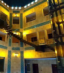 تور شیراز هتل وکیل