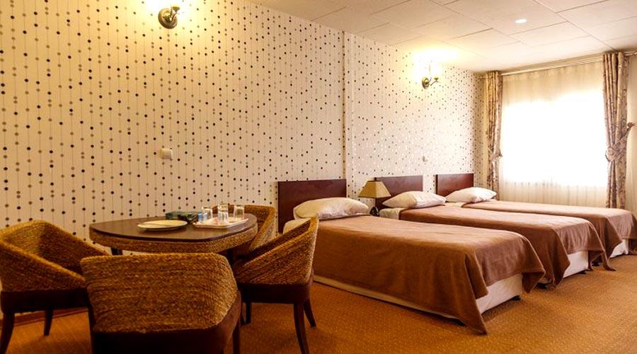 اتاق 3 هتل آرامش کیش