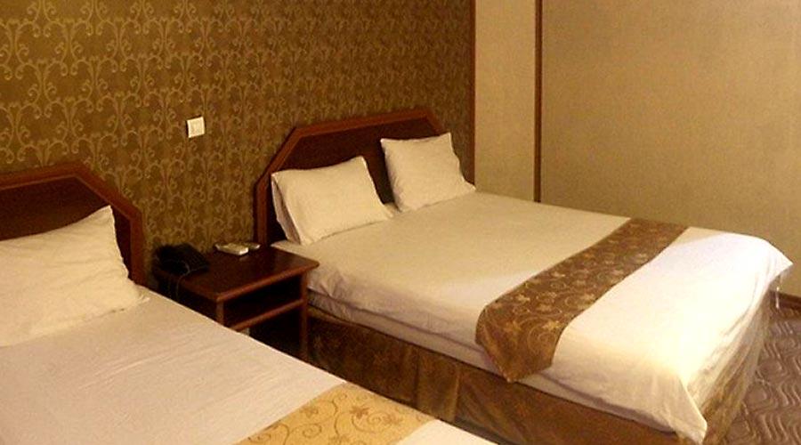 اتاق 2 هتل آرامیس کیش