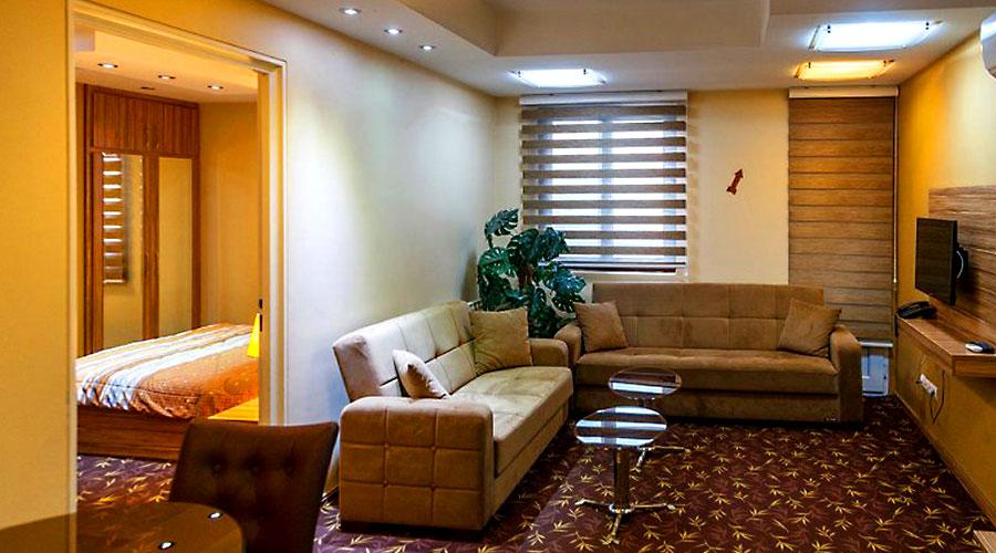 اتاق 1 هتل بهبود تبریز