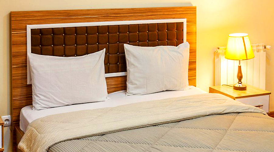 اتاق 5 هتل بهبود تبریز