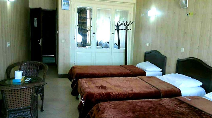 اتاق 2 هتل دیپلمات قشم