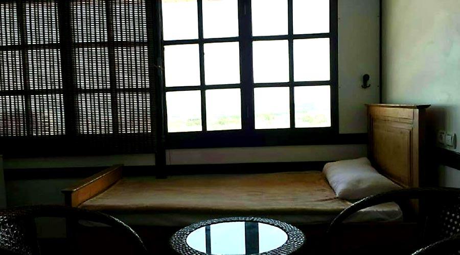 اتاق 3 هتل دیپلمات قشم