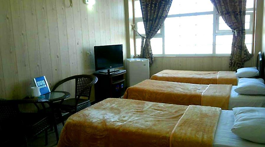 اتاق 4 هتل دیپلمات قشم