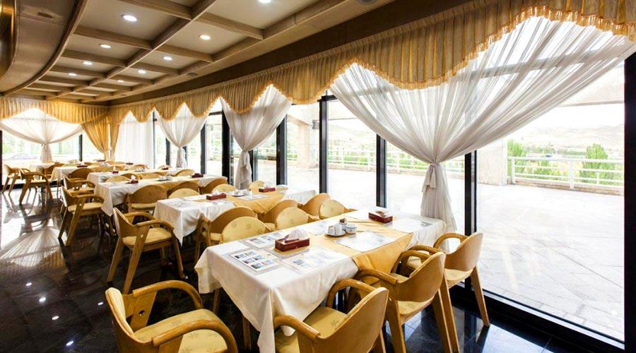 رستوران 2 هتل ایل گلی تبریز