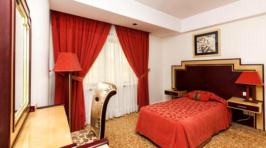 اتاق 2 هتل ائل گلی تبریز